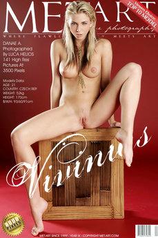 Vivinias