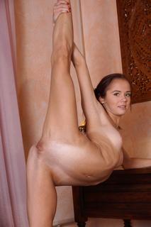 Alexa davalos naked nude photos