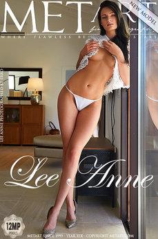 Presenting Lee Anne