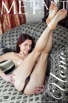 Met Art Uono erotic photos gallery with MetArt model Aurmi