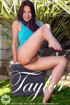 Presenting Taylor Sands