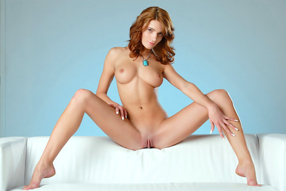 Yanika A: Presenting, by Alex Sironi, beautiful redhead, stylish pix