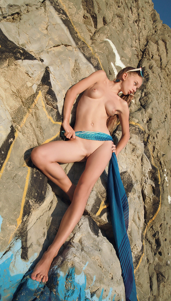 Milena D: Straler, by Erik Latika, shaved nubile, seaside session