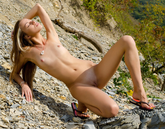 Sofy B: Ostrako, by Antonio Clemens, casual nudes on a sunny day