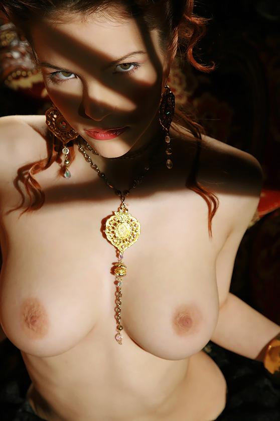 Ulya I: Chamber, by Leonardo, stunning model, super-stylish erotic pix