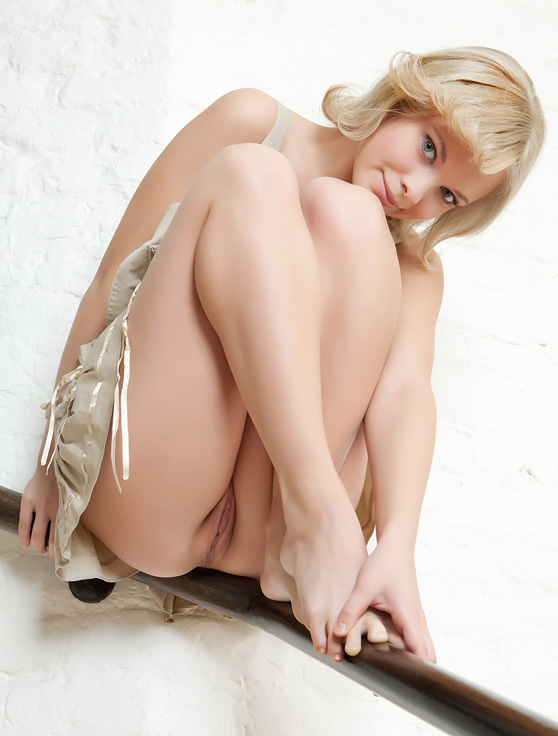 Feeona A: Qualite, by Rylsky, adorable model/lovely erotic photos