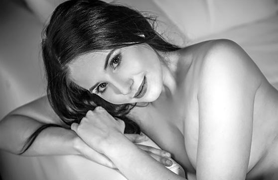 Vanessa Angel: Enhavo, by Deltagamma, nude erotic art photos