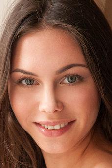 Alina Valera