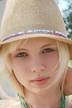 Angelika B