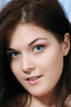 Anna Rose