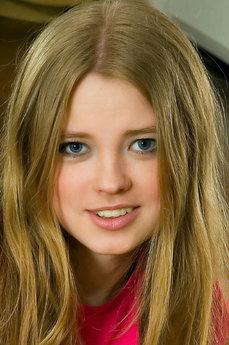 Avril A