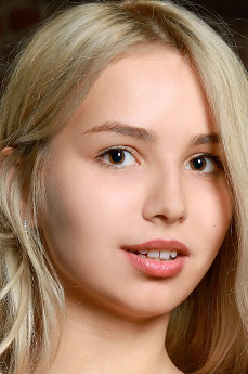 Candice Lauren