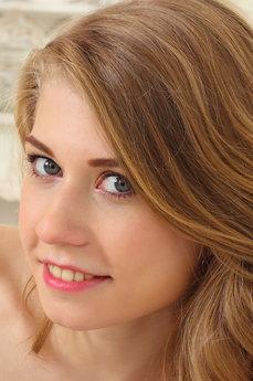 Eva Gold