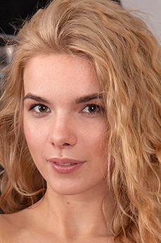 Hannah Rose
