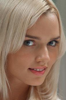 Kaitlyn A