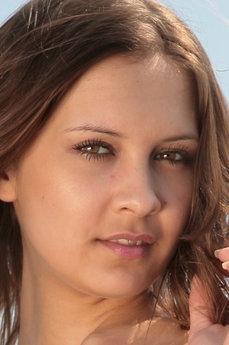 Lina G