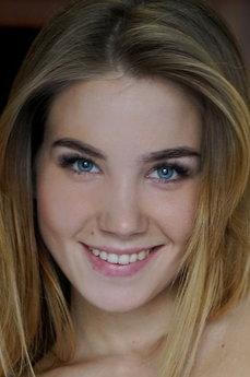 Lola Krit