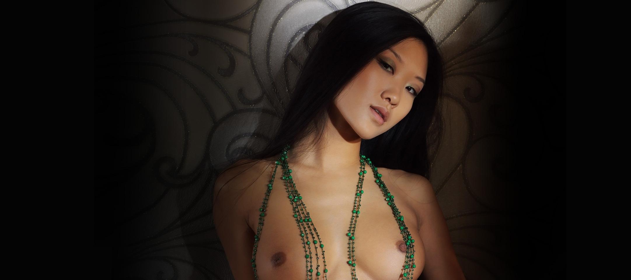 fully naked strippin